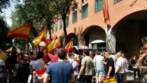 Concentración de apoyo a la Guarcia Civil en Barcelona