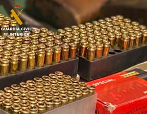 La Guardia Civil desarticula una red de tráfico de armas para el crimen organizado en una operación a nivel nacional