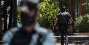 """La Guardia Civil detiene a dos personas, entre ellas el etarra Carlos Sáez de Aguilar, por su relación con los """"ongi etorri"""""""