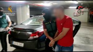 La Guardia Civil detiene en Barcelona a un antiguo miembro de la mafia italiana prófugo de la justicia desde el año 2017