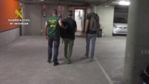 Detenido en Barcelona un pedófilo reclamado por las autoridades de EE.UU. tras huir estando bajo arresto domiciliario en 2010